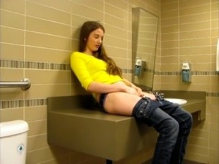 Amateur  Masturbating Public Teen Toilet