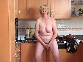 Granny solo not far from the Kitchen
