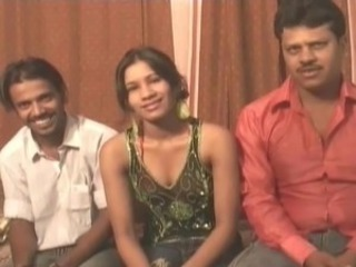 Amateur Indian Teen Threesome