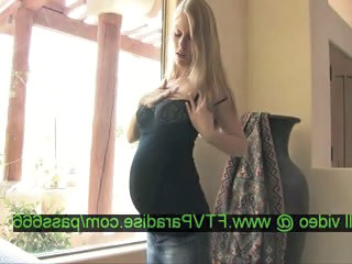 "Leah caring superb pregnant blonde babe in the house"" class=""th-mov"