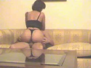 Amateur Arab Ass Homemade Riding Wife