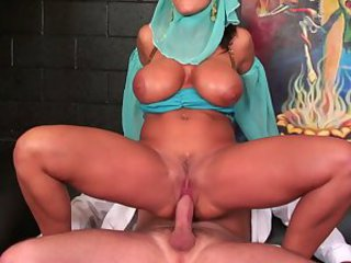 JENNY WITH MONSTER TITS C5M