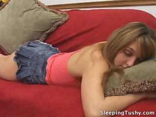 Sleep crack licking 7