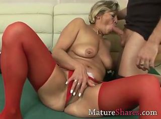 Sexy granny getting her pussy pounded
