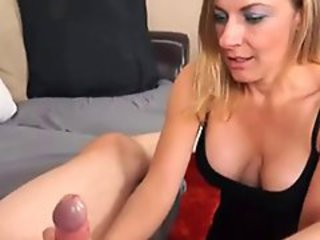 http%3A%2F%2Fxhamster.com%2Fmovies%2F2975167%2Fmilf_handjob_4_the_unsatisfied_stepmom.html