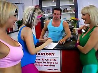 http%3A%2F%2Fwww.bigxvideos.com%2Fcontent%2F7170%2Fcoach-screwed-kimberly-with-her-friends.html%3Fwmid%3D15%26sid%3D0