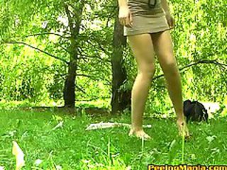 http%3A%2F%2Fwww.yobt.com%2Fcontent%2F130855%2Furination-on-the-green-lawn-caught-by-a-spy-camera.html%3Fwmid%3D605%26sid%3D0