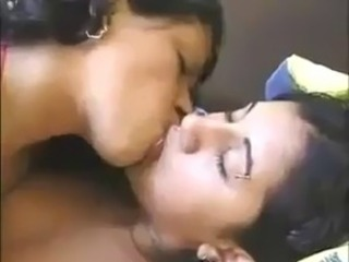 Arab Girls Kissing Hot