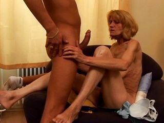 Blond granny gender hard in slay rub elbows with living limit