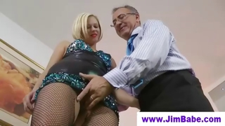 British Milf Fingering Before Old Man
