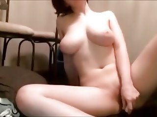 cute girl dildoing on cam