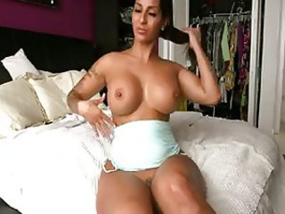 Amazing Big Tits Latina  Solo Webcam
