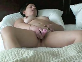 Amateur Chubby Homemade Masturbating  Toy Wife
