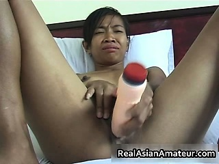 Amateur Asian Dildo Masturbating Teen Toy