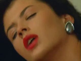 red lipstick italian dark hai...