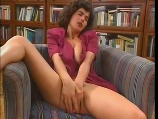 Babe Masturbating Natural Vintage
