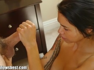 MommyBB Dana Vespoli caughts her stepson touching off!