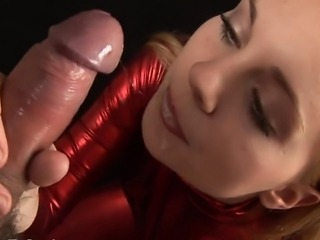 Jessica gives her very best blowjob performance , she gets the co stars cock...