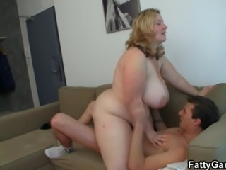 Big Tits  Mom Natural Old and Young Riding