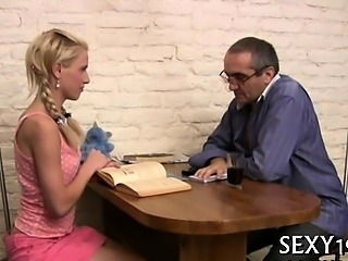 Tricky teacher seducing luscious student