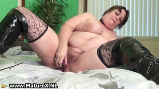 Old Busty Woman Is Licking Violet