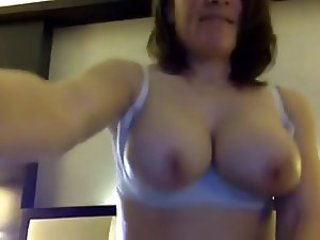 Mature Fucked By Interracial Be incumbent on Webcam