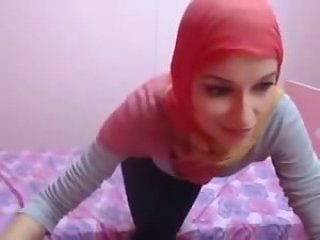 Sexy Hijab Dancing Front Of Webcam