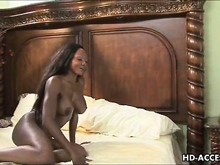 Fat knocker black babe takes black cock