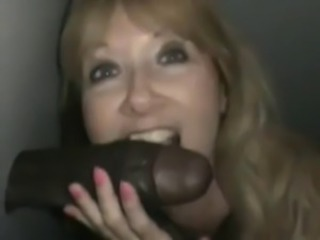 White Wife chooses BBC Glory Hole!