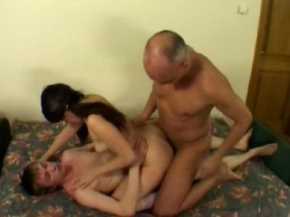 Amateur Anal Daddy Double Penetration Family Old and Young Sister Teen Threesome