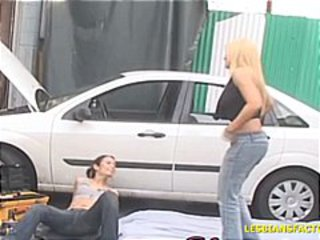 Horny brunette mechanic chick works on blonde car then her pussy