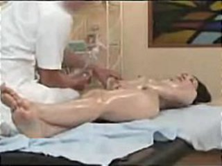 Enclosing hands on animalistic oil massage with horny Japan milf
