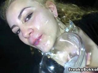 "Cum hungry girl eats and drinks a lot"" class=""th-mov"
