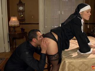 "Naughty Nun"" class=""th-mov"