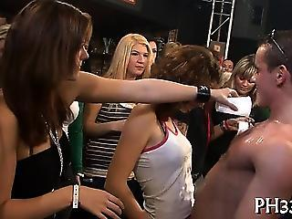Luscious Cuties Wants To Fuck The Army Dancer