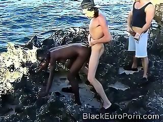 African Teen Smashed By 2 European Dongs At The Beach