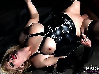 Hot Babe In the air Corset Eats Pussy And Gets Fucked Hard