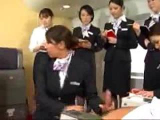 Newcomer flight attendant training and practice