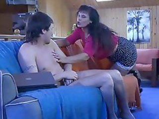 http%3A%2F%2Fwww.sunporno.com%2Ftube%2Fvideos%2F424240%2Fseductive-mature-chick-shows-a-hung-chap.html