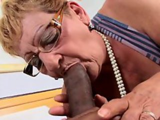 http%3A%2F%2Fxhamster.com%2Fmovies%2F2852283%2Fbrazilian_granny_ypp.html