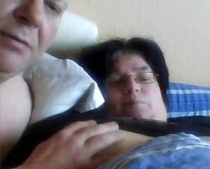 Horny Fat Tiro Wife Gets The brush Swollen Pussy Rubbed By Hubby