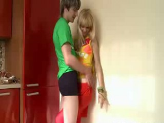 Sexy Russian Blonde Deepthroat Blowjob - Free Sex Vi...