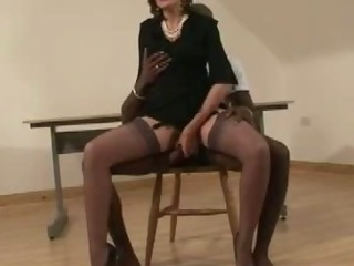 Mature British Slut Blindfold Blowjob Ac...