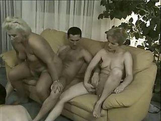 Chubby Mature Riding Threesome