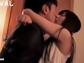 Amateur Asian Girlfriend Japanese Kissing