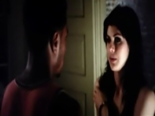 Alexandra Daddario Hot Scene From Texas Chainsaw free