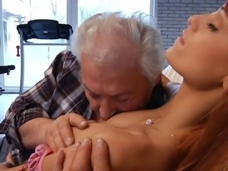 Big aged defy shagging the Thin little doll