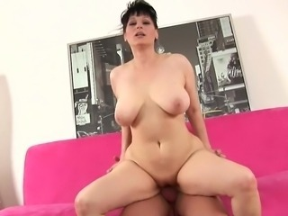 Short-haired milf has the nice stuffing