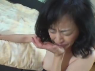 Asian Deepthroat Mature Swallow