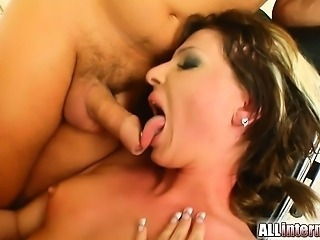 We start out with a bit of anal milk squirting with this babe before the guys...